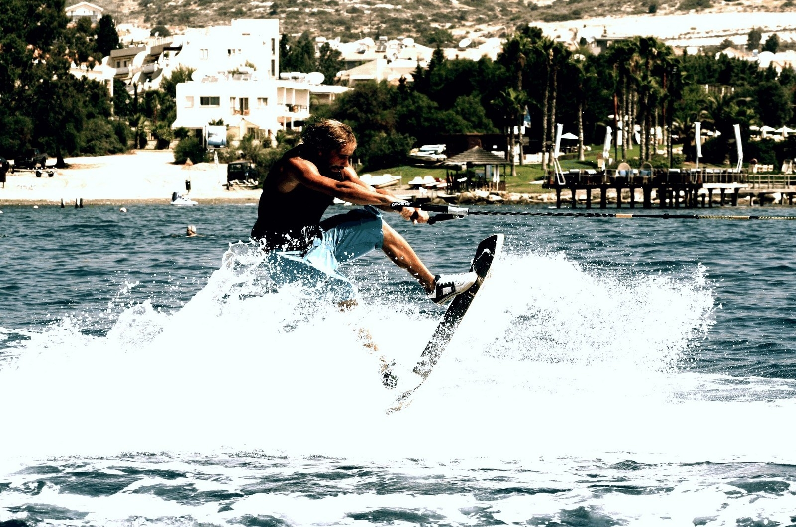 an introduction to wakeboarding sport Clubs kitesurf and wakeboard: introduction you will get the hang of the sport within the first sessions wakeboarding is essentially standing on a board.